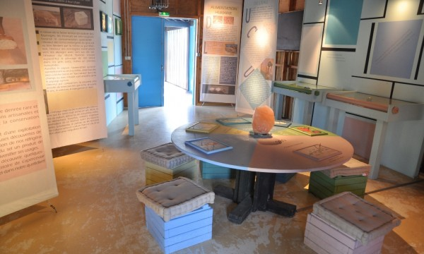 Exposition «Univer'sel»